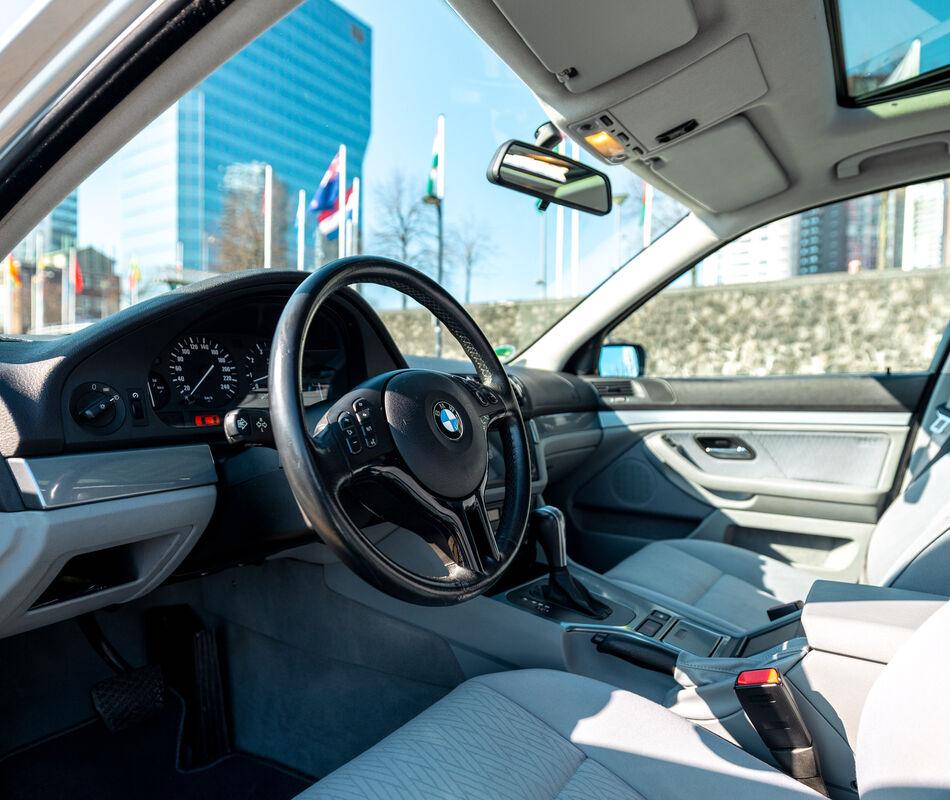 BMW E39 525i Touring