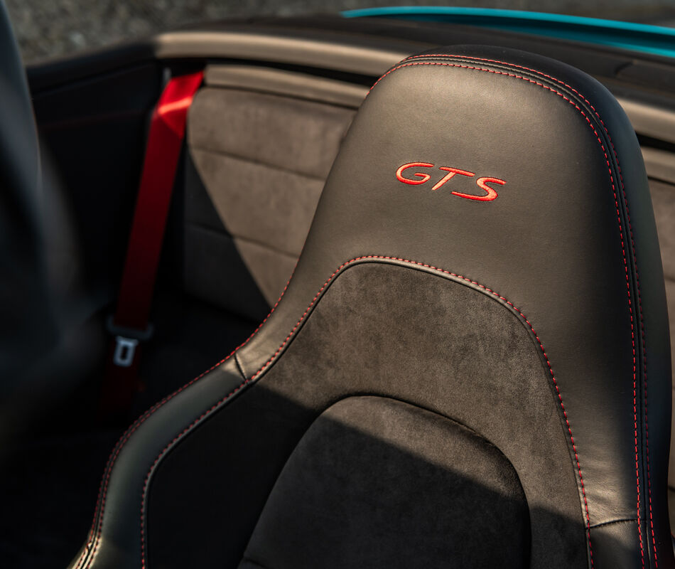 Porsche 991 Carrera GTS Cabriolet Mk2